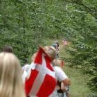 OS deltagarna vandrar mot sjön